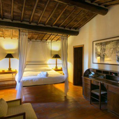 RIseccoli-stay-with-us-villa-rosano3